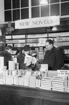 Selfridge's - London, 1942