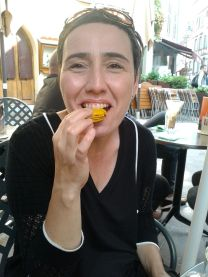 pssshhhh - this is me in Strasbourg, tasting the soul of France