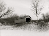 covered-bridge-926490_1280